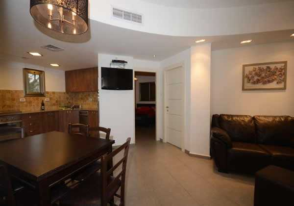 Jerusalem-Vacation-Rentals-3-Bedroom-apartment