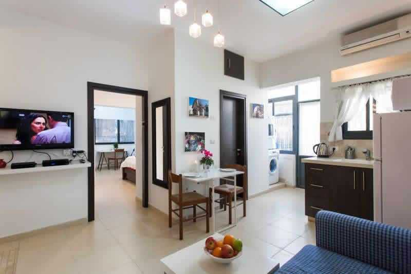 Jerusalem-Vacation-apartrment-in-Talbieh-with-garde
