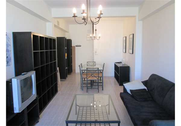 for-rent-Large-and-renovated-furnished-on-Achad-ha-Am-Talbieh