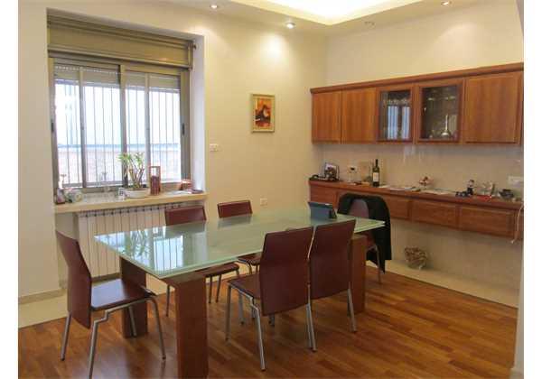 for-sale-Beautiful-renovated-Ground-floor-on-Ben-Maymon-St.-Jerusalem